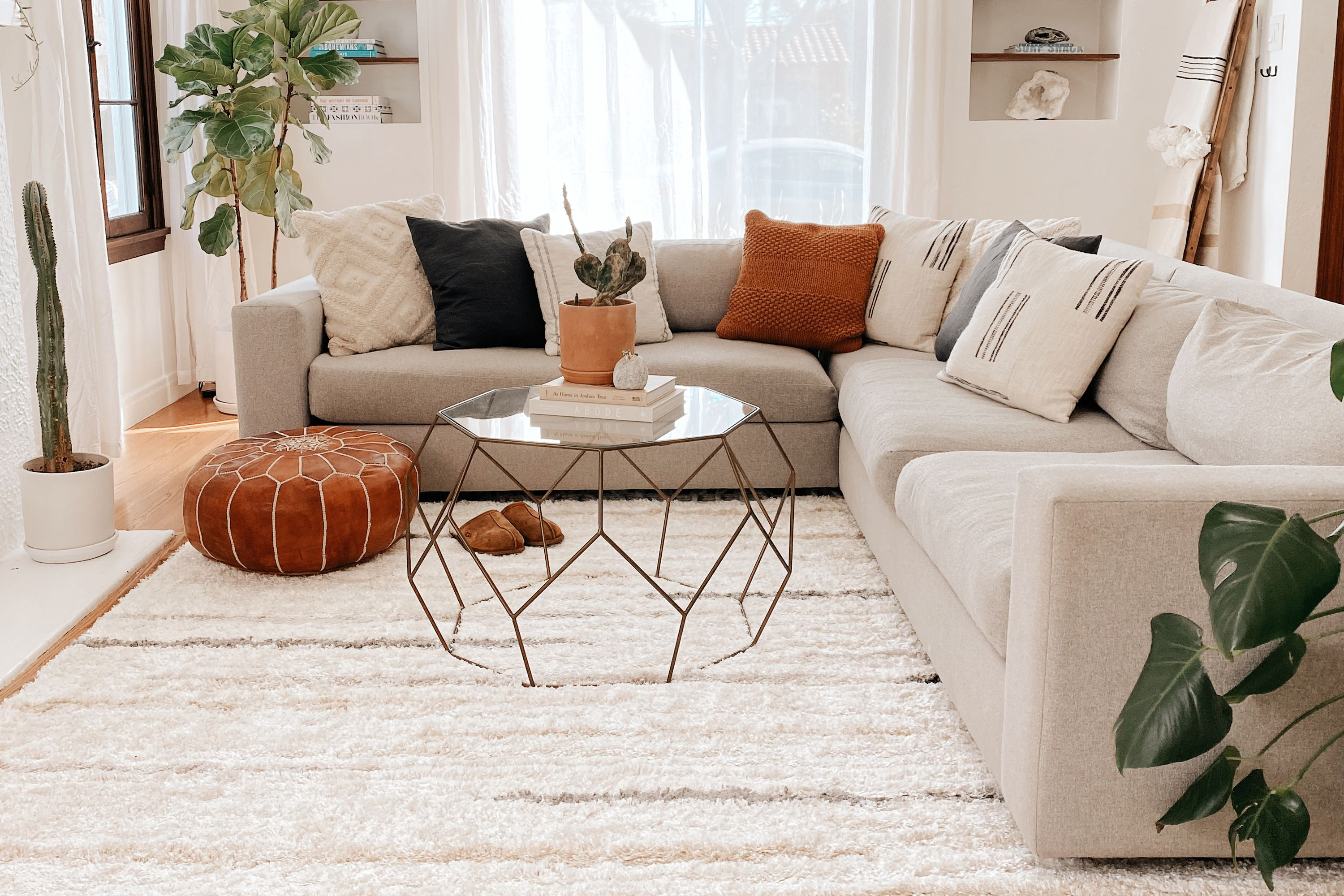 8 Area Rug Dos And Don Ts, Rugs For Living Room