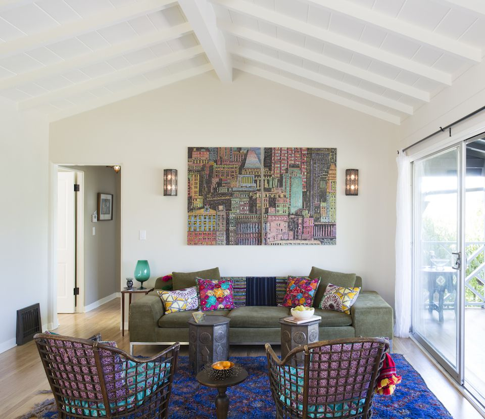 A Bright And Cheery Los Angeles Home