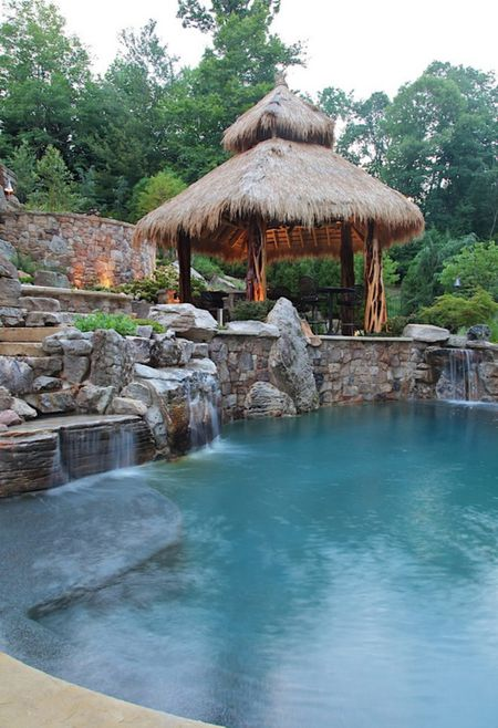 50 Spectacular Swimming Pool Waterfalls