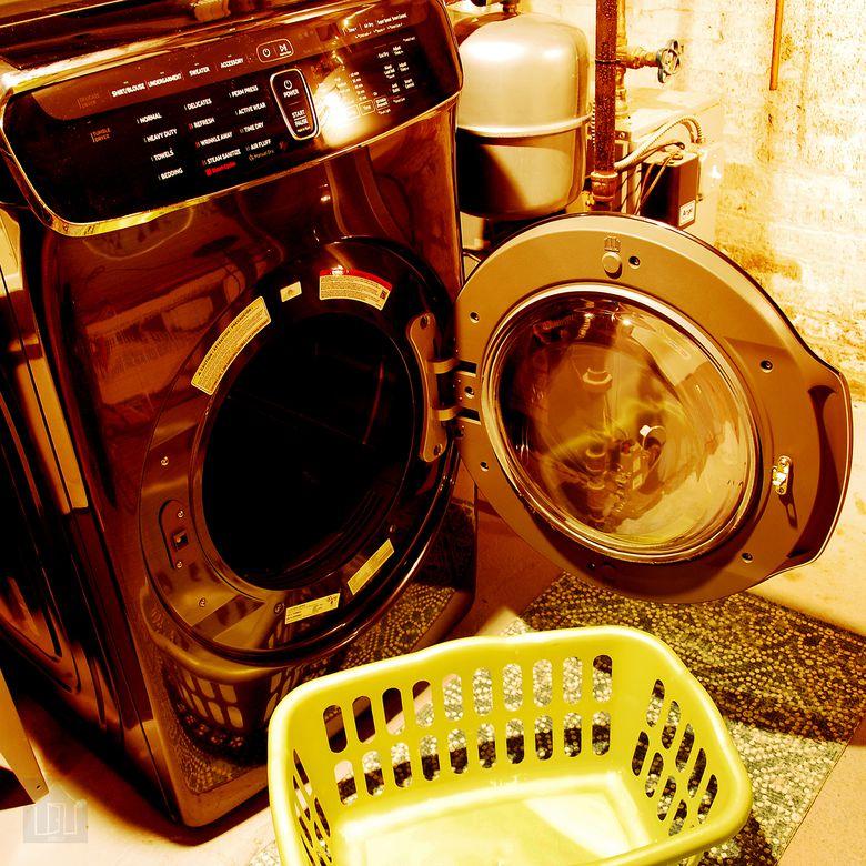 Samsung DVE60M9900V FlexDry Dryer