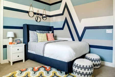 25 Ways to Decorate Bedroom Walls With Stripes
