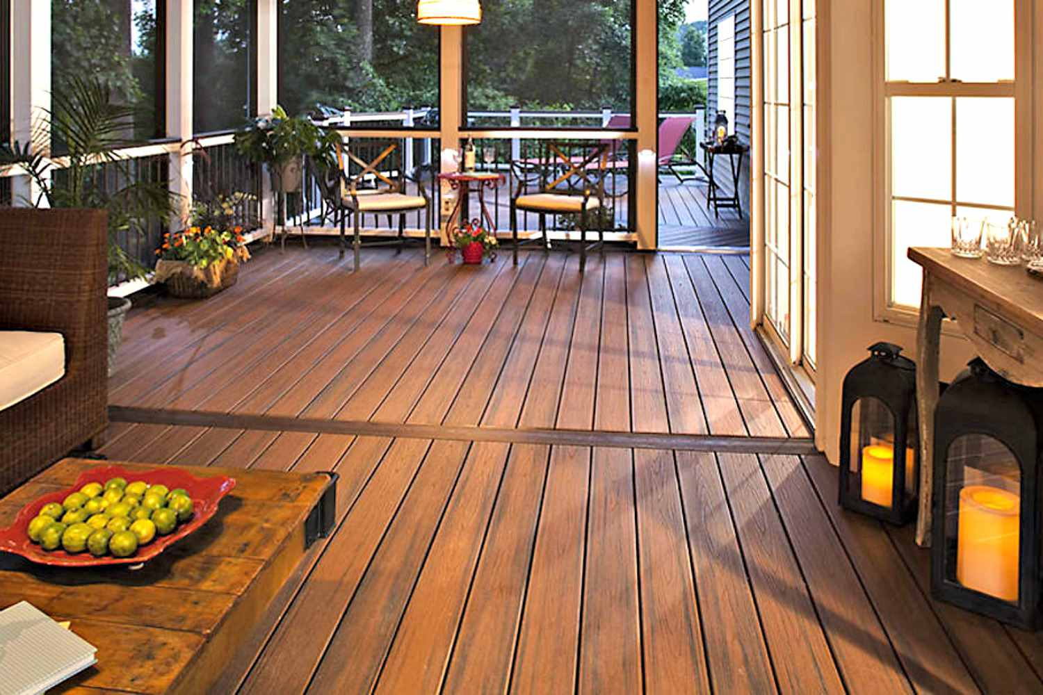 Beautiful Trex decking.