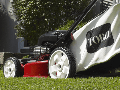 How to Troubleshoot a Gas Lawn Mower