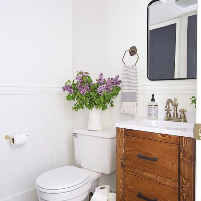 Swell Paint Color Ideas For A Small Bathroom Download Free Architecture Designs Osuribritishbridgeorg
