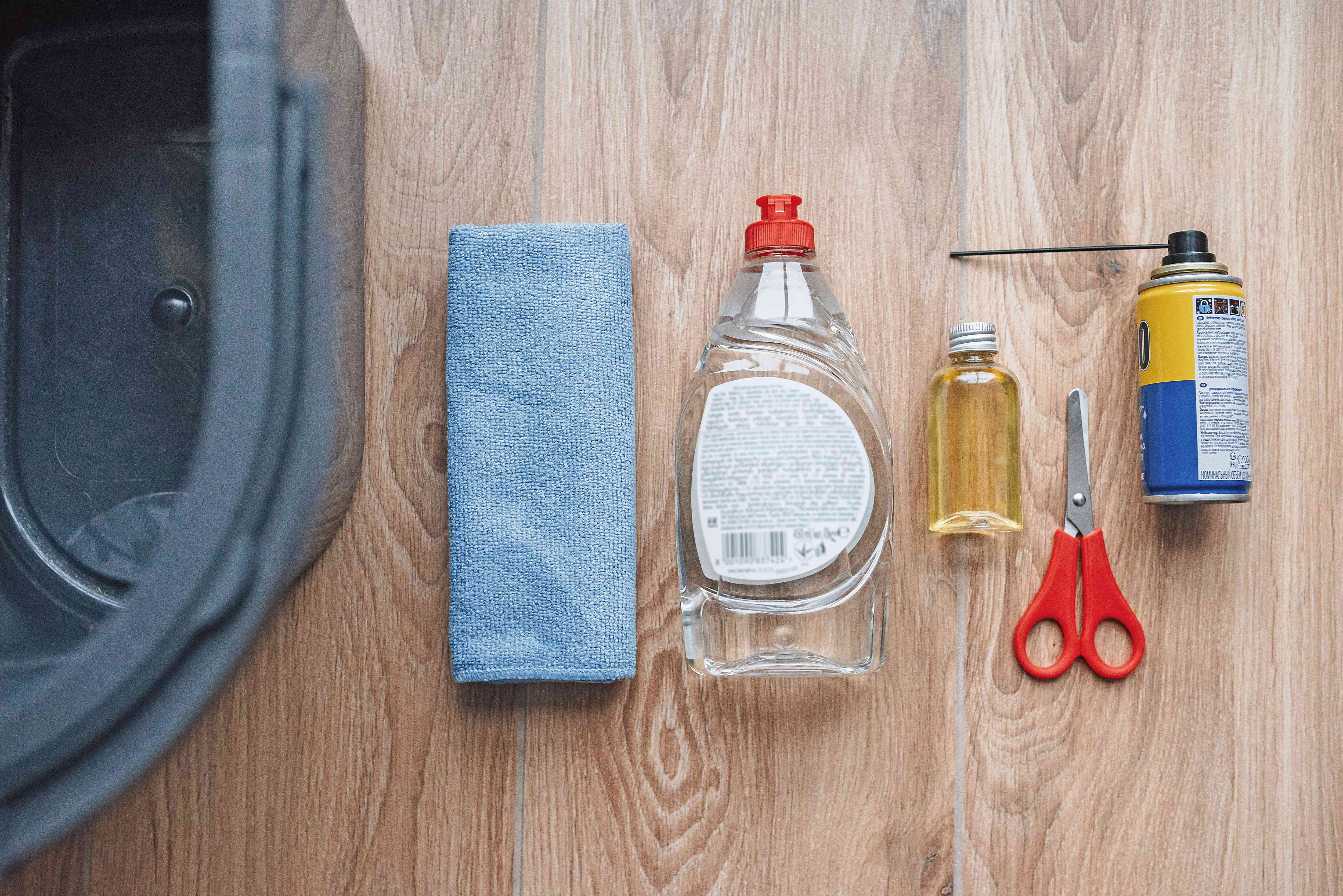 materials for cleaning a vacuum