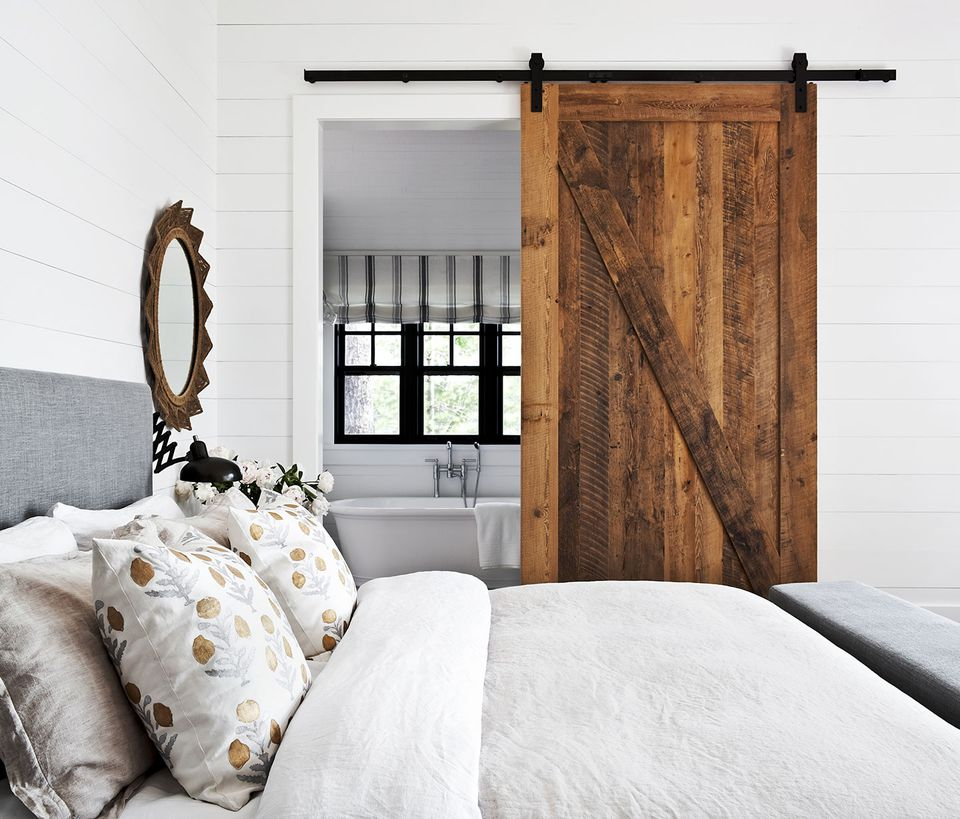 Modern Classic And Rustic Bedrooms: 17 Modern Rustic Bedroom Decorating Ideas