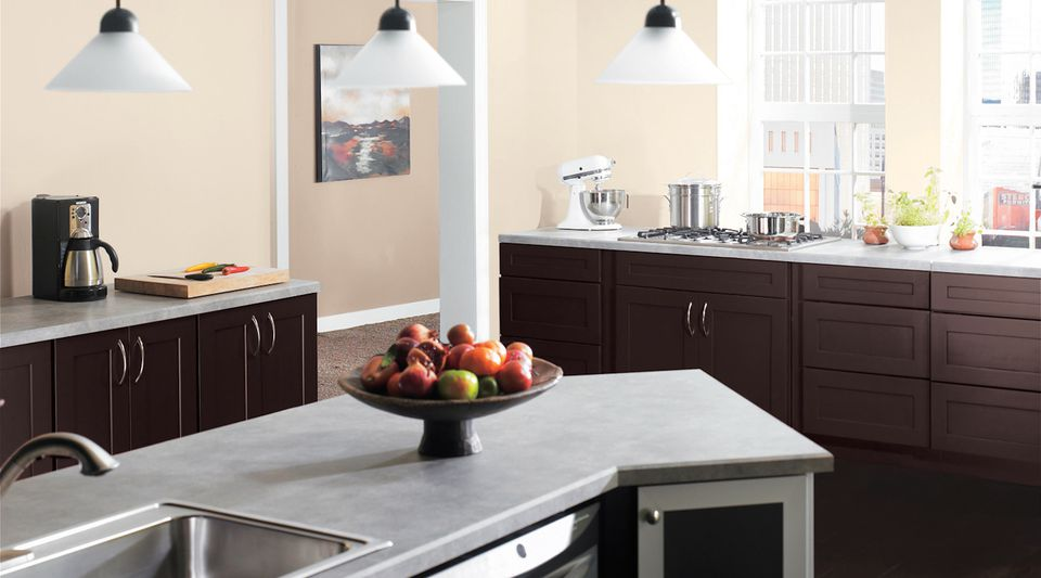 Kitchen Cabinets Glare Using Paint