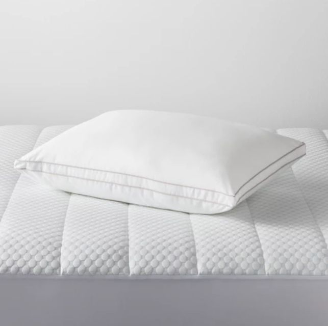 target-bed-pillow