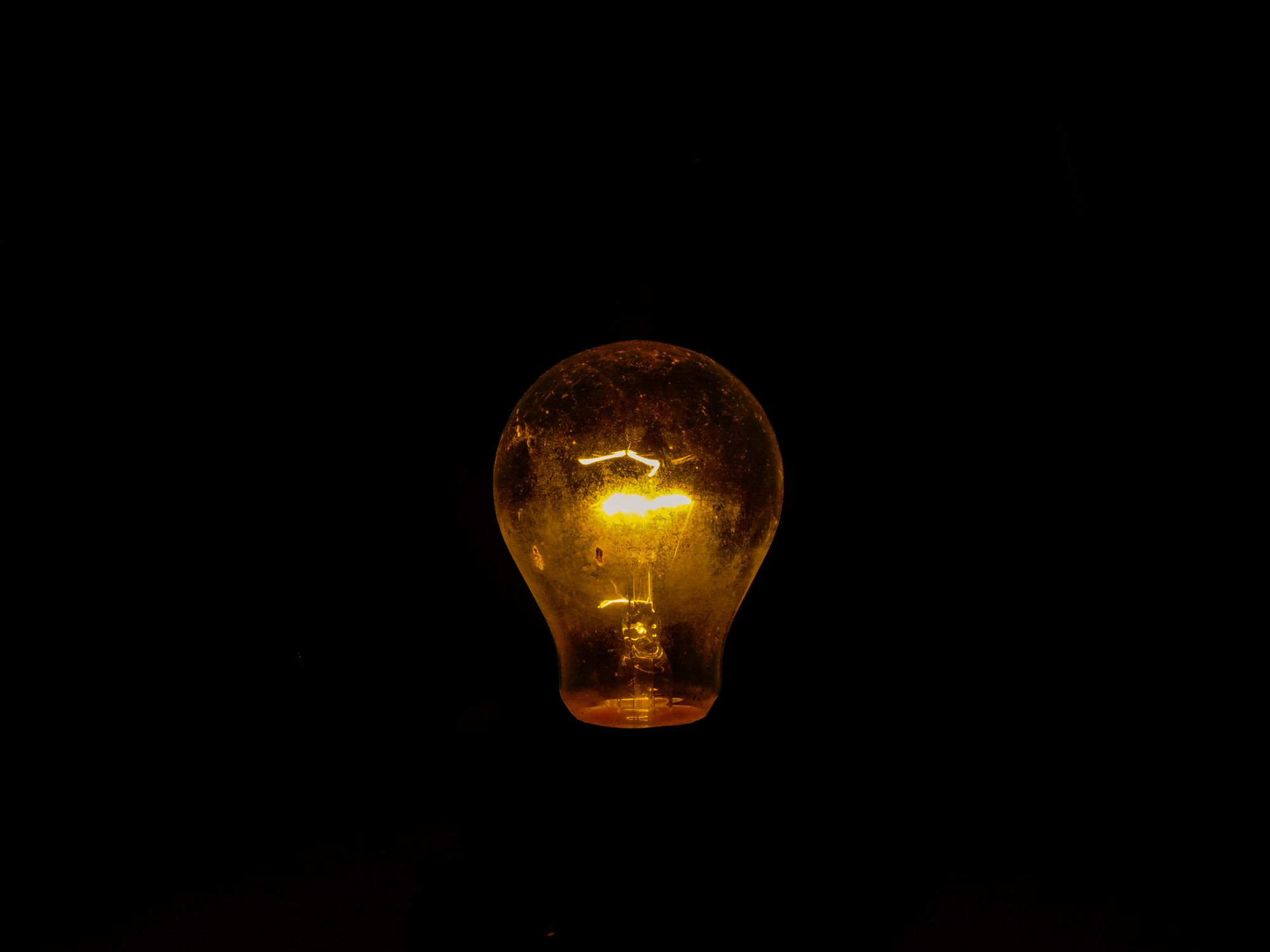 8 Reasons Why Your Light Bulbs May Be Burning Out Early
