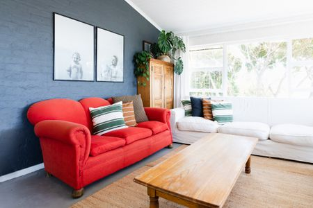 16 Living Rooms With Accent Walls, Accent Wall Living Room