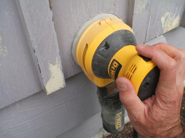 Fix Peeling Paint - Sanding the Area