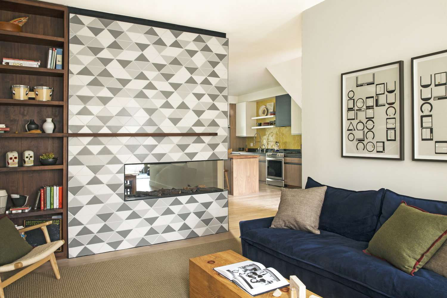 Electric Fireplace with patterned tile