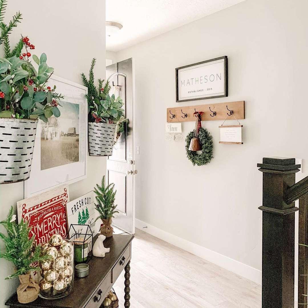 Hallway with rustic Christmas decor