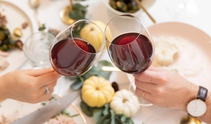 people toasting at Thanksgiving