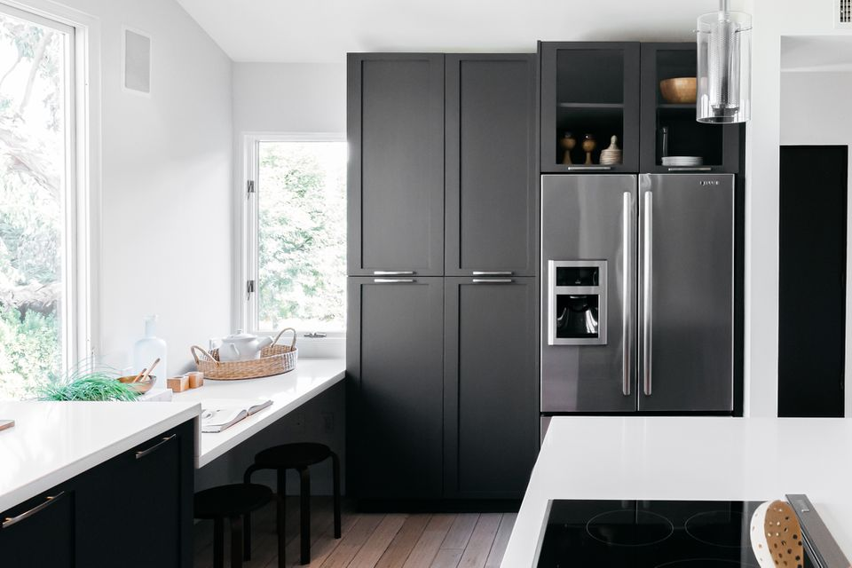 refrigerator that is flush with adjacent cabinetry