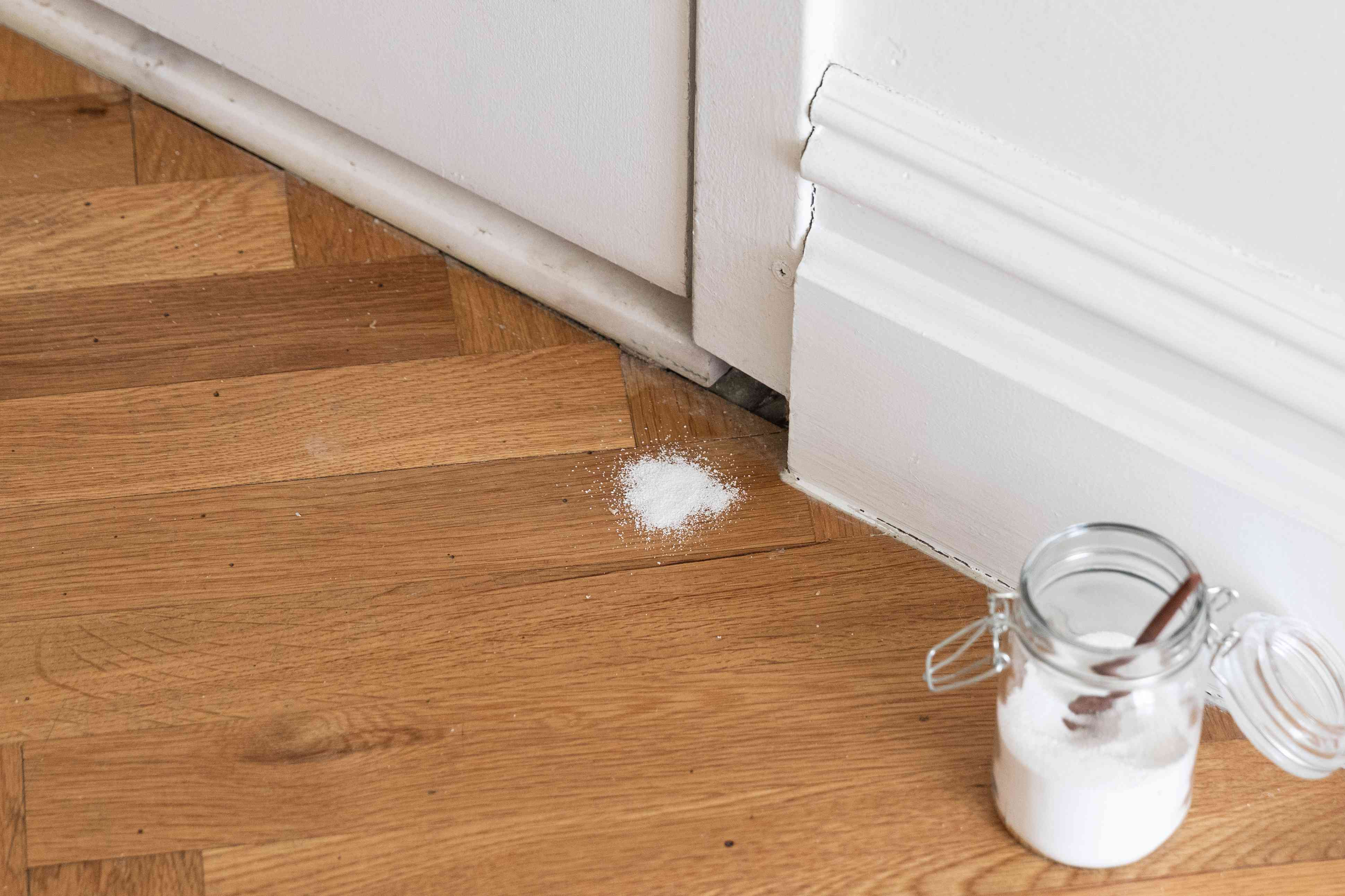 Borax and sugar sprinkled near open crack to kill cockroaches