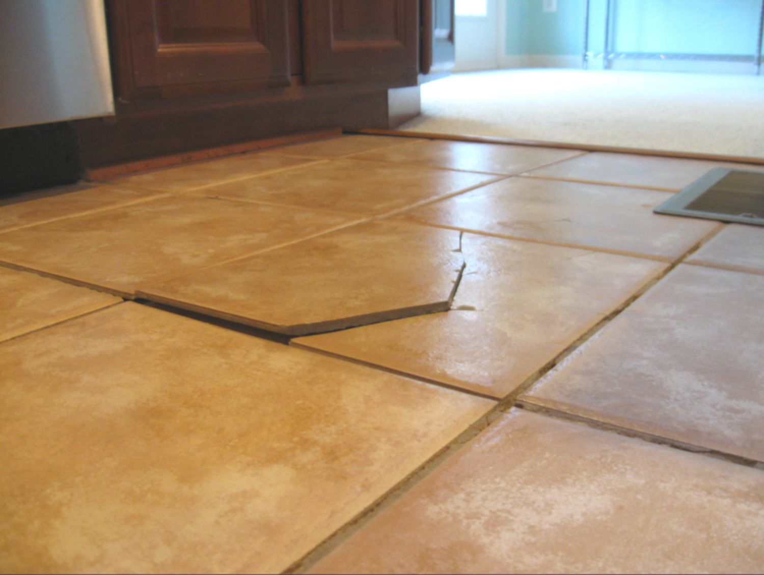 Reasons For Cracked Tile On Floors And Walls - Best thinset for large porcelain tile