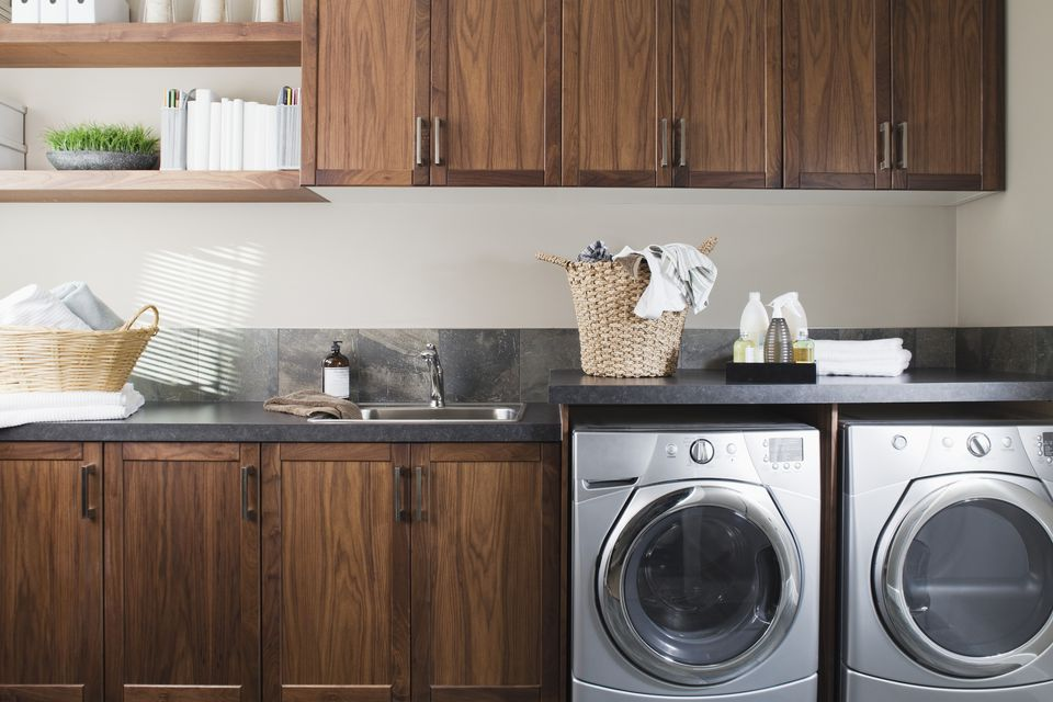 Appliances and sink in laundry room