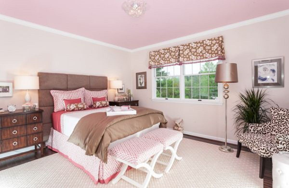 Decorating With Pastels in the Bedroom