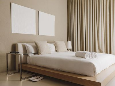 How To Design Your Bedroom Like A First Class Hotel Room
