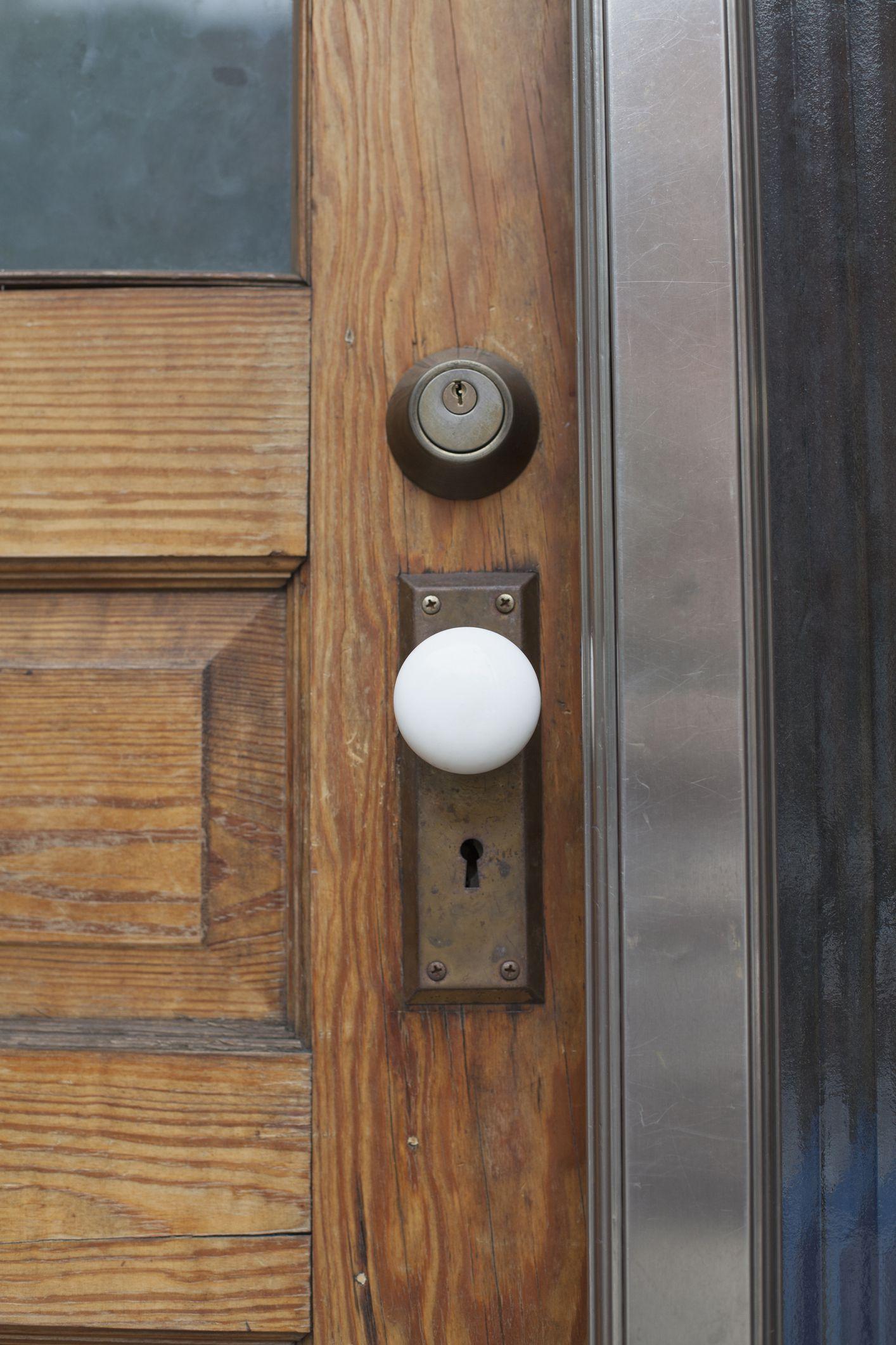 The 8 Best Door Knobs Of 2020 According To An Interior Design Expert