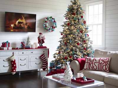 Living Room decorated for the holidays