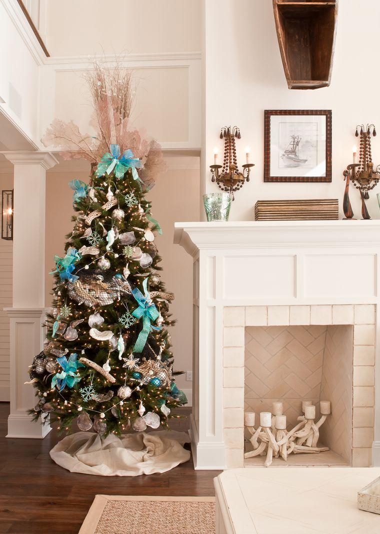 Nautical Christmas Theme.20 Creative Christmas Tree Themes