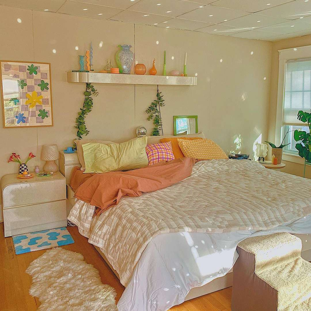 pinks and oranges aesthetic room