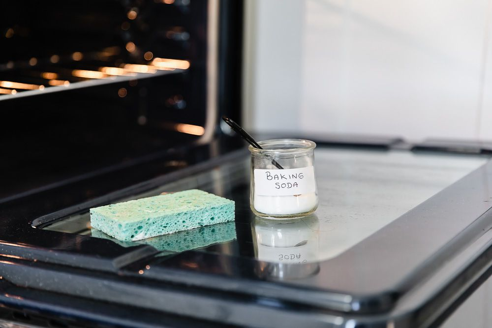using baking soda to clean an oven