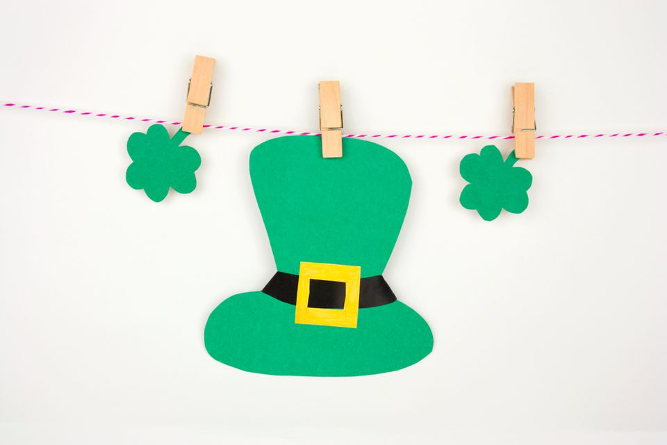 St Patrick's paper decorations on clothespins