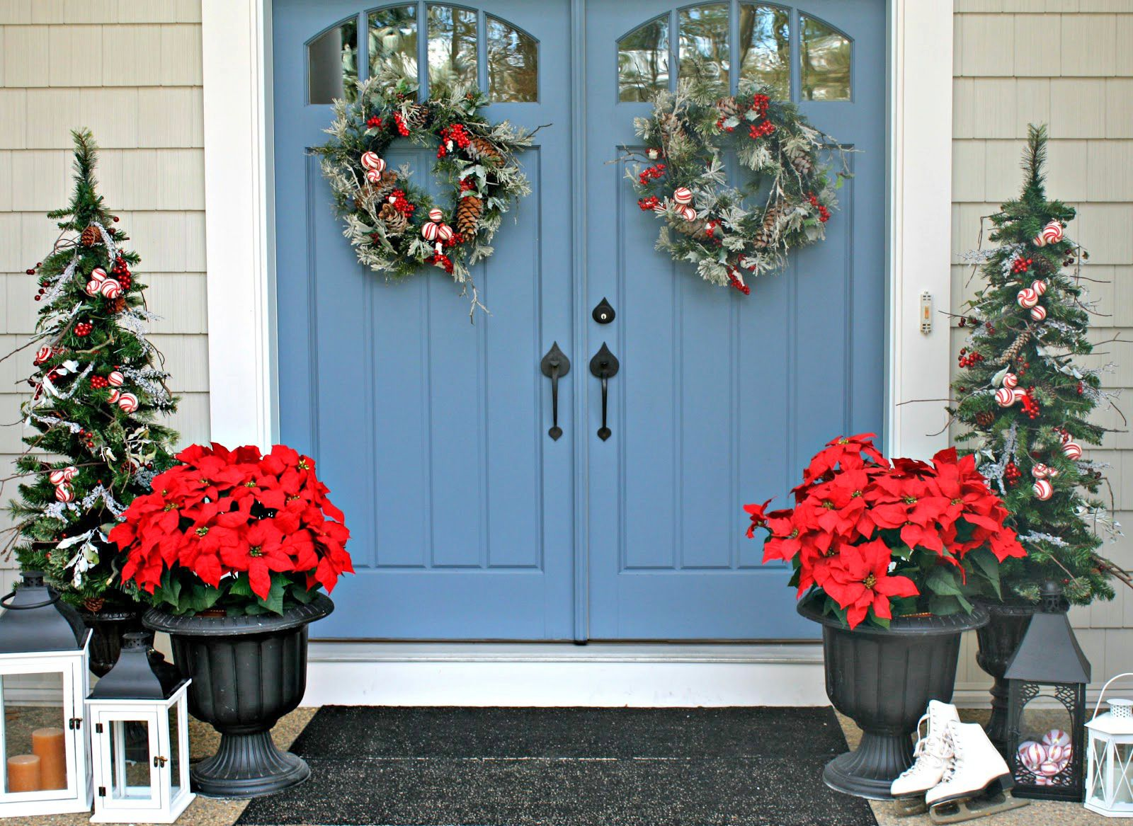 39 best christmas porch decorations - Teal And Red Christmas Decorations