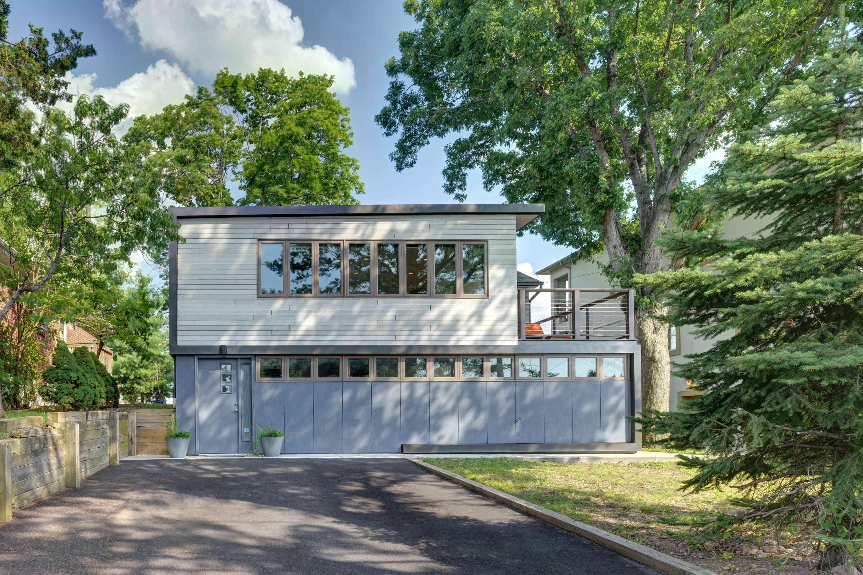 Renovación de la casa moderna en Palisades Park