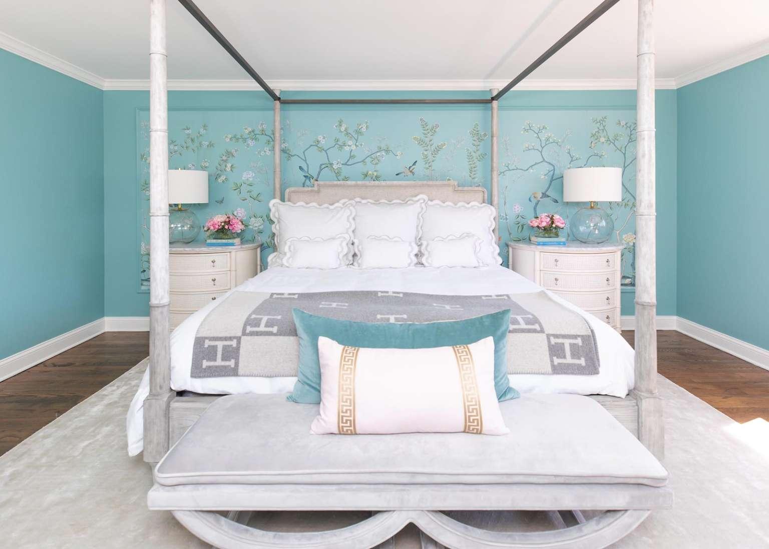 Jennifer Lake bedroom