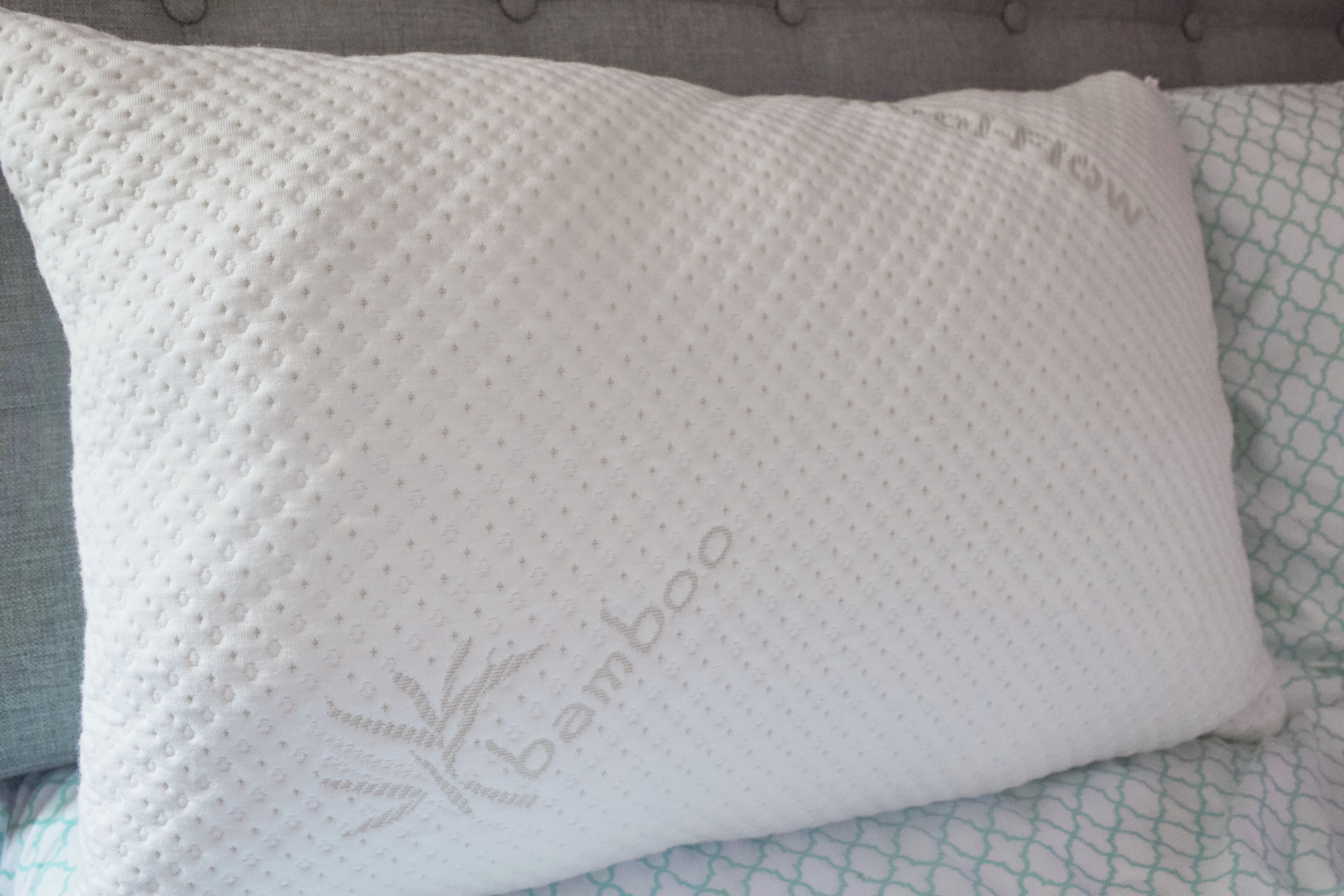 Queen Snuggle-Pedic Shredded Memory Foam Pillow w// Bamboo Ultra-Luxury Cover