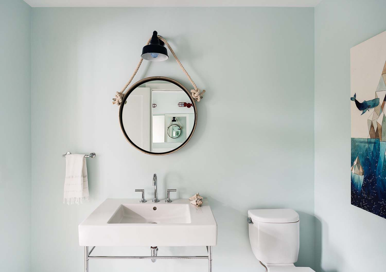 understated nautical inspired bathroom