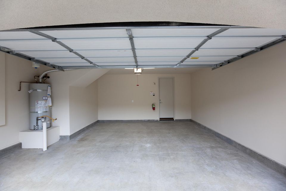 Empty Garage Lookin In