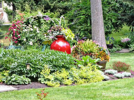 How To Start A Small Garden In Your Backyard planning and designing a small garden