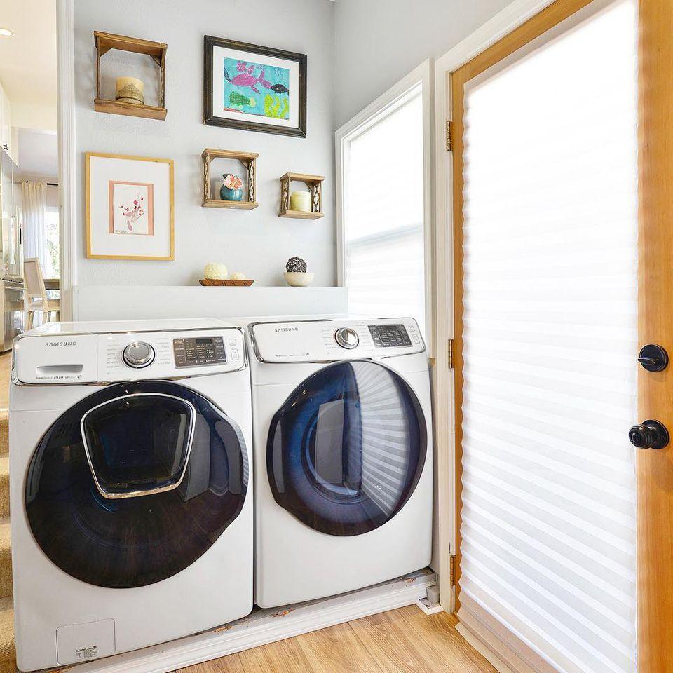 Pequeño lavadero en esquina