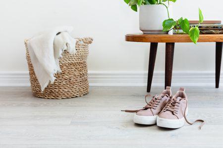 Laminate Flooring Pros And Cons, Laminate Flooring Pros And Cons