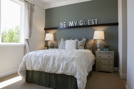 Bold Touches in a Gray Bedroom Interesting Accent Walls For Bedrooms