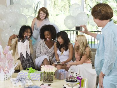 the best bridal shower games and ice breakers
