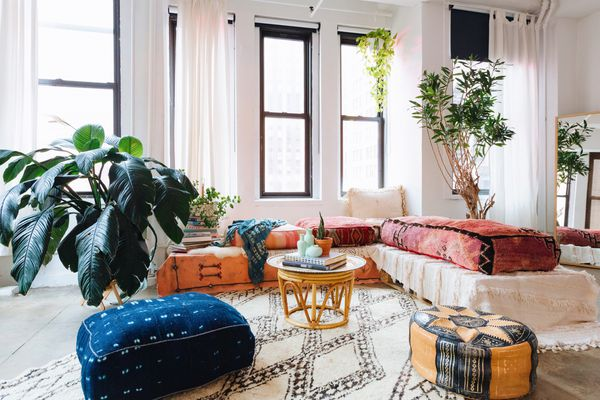 Moroccan-bohemian living room