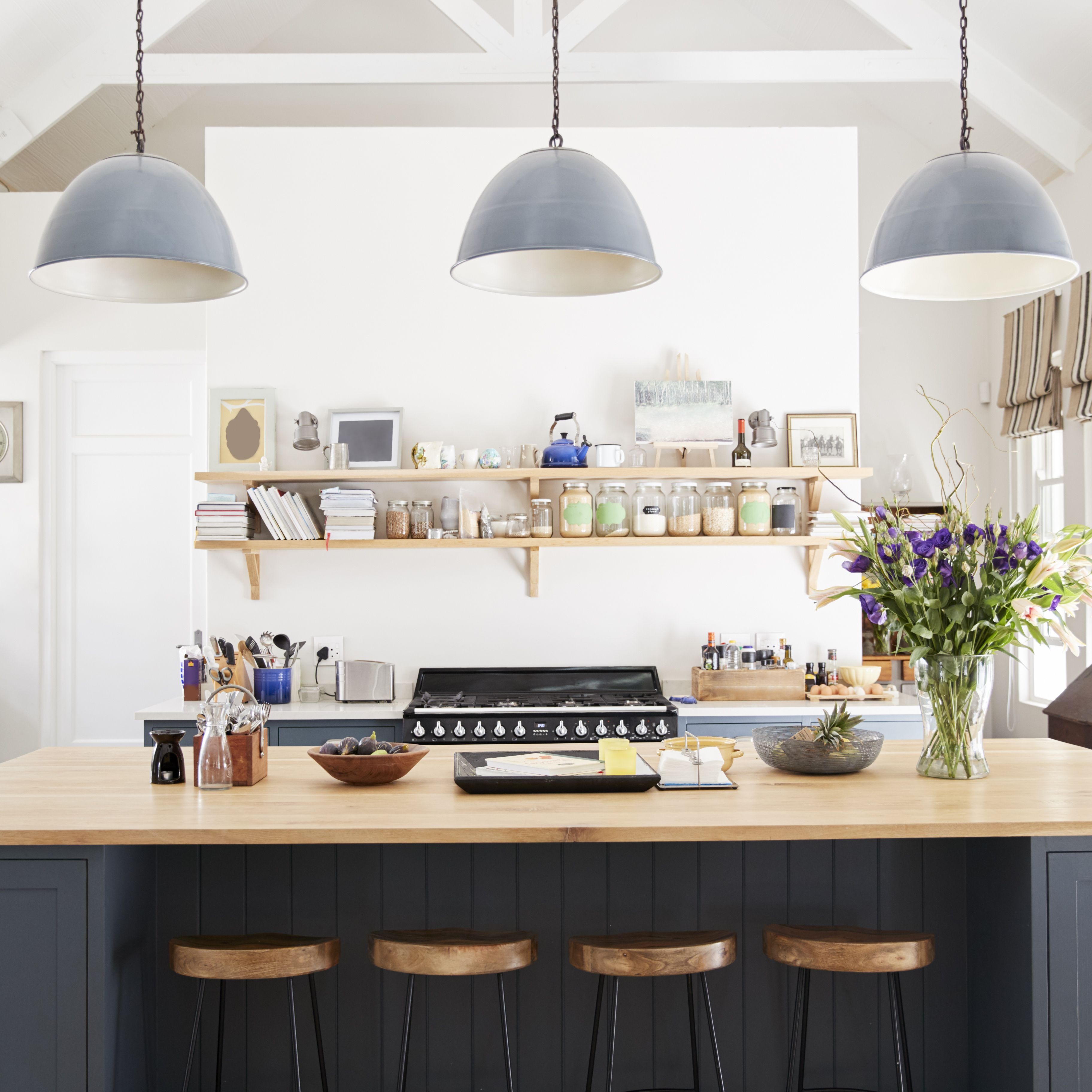 Make a Statement With the Best Paint for Kitchen Cabinets