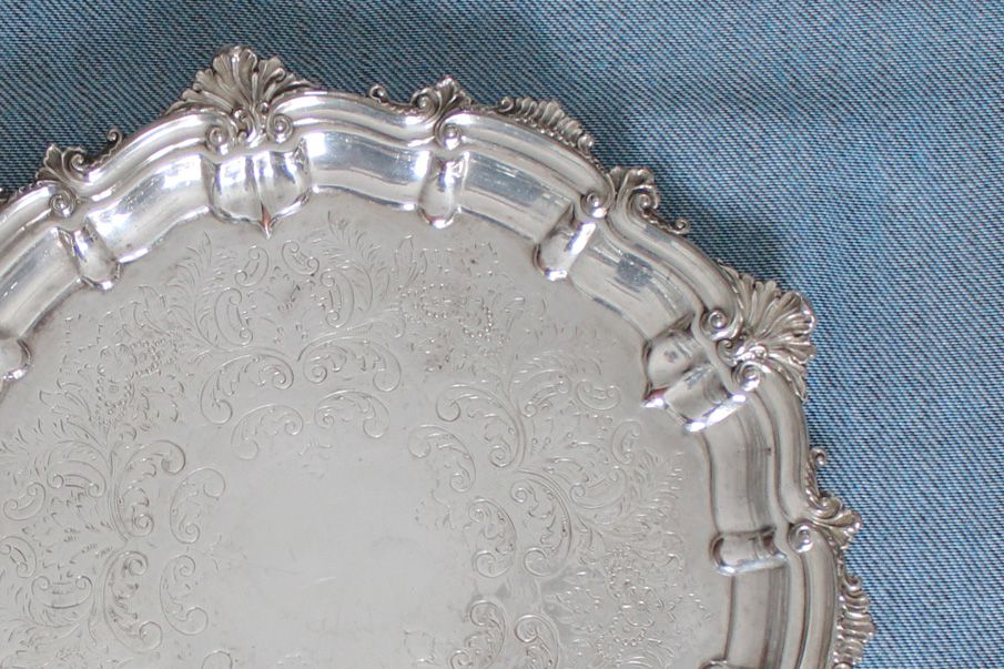 how to clean silver plated items with aluminum foil