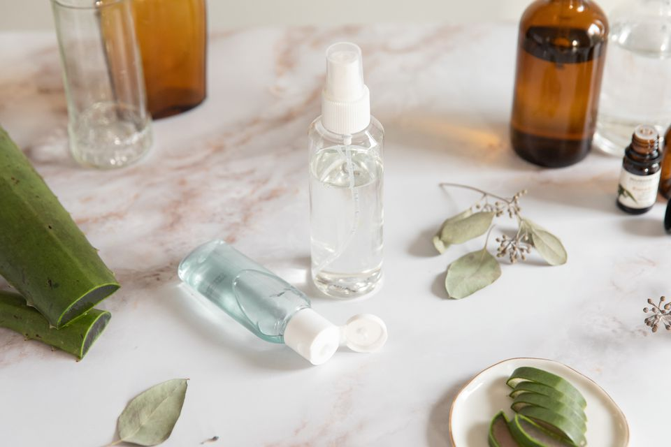ingredients for homemade hand sanitizer