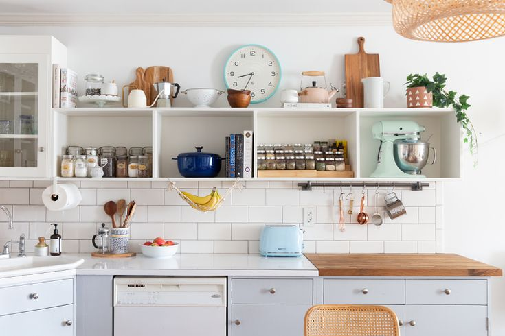 To Decorate Above Your Kitchen Cabinets, Is Decorating Above Kitchen Cabinets Out Of Style