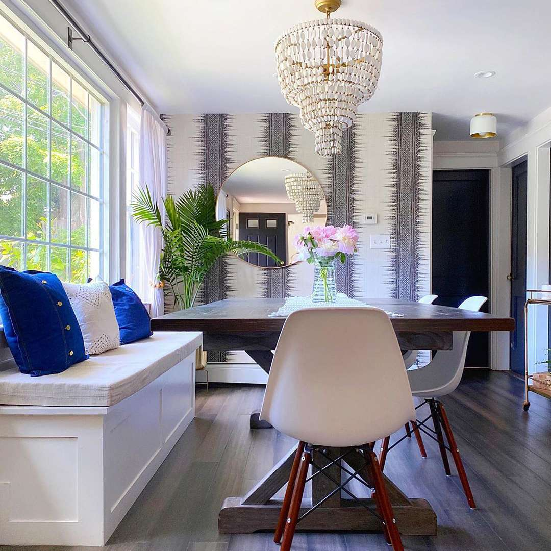 Dining room with gray wallpaper