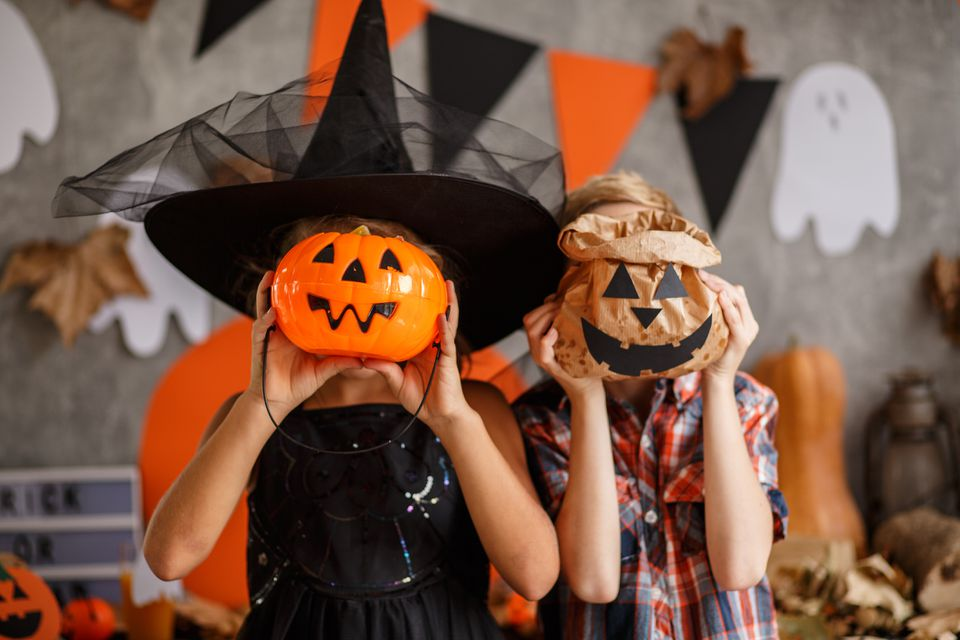 children dressed up for a Halloween party