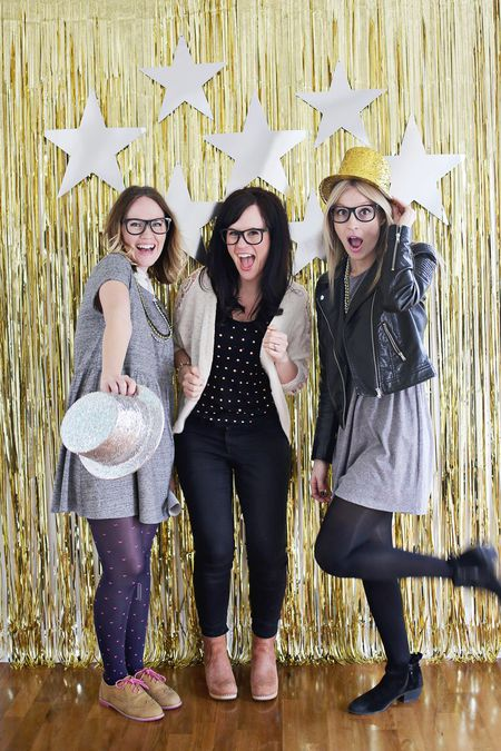 photo booth ideas for your next party jpg 450x675 booth backdrop christmas party diy picturesque