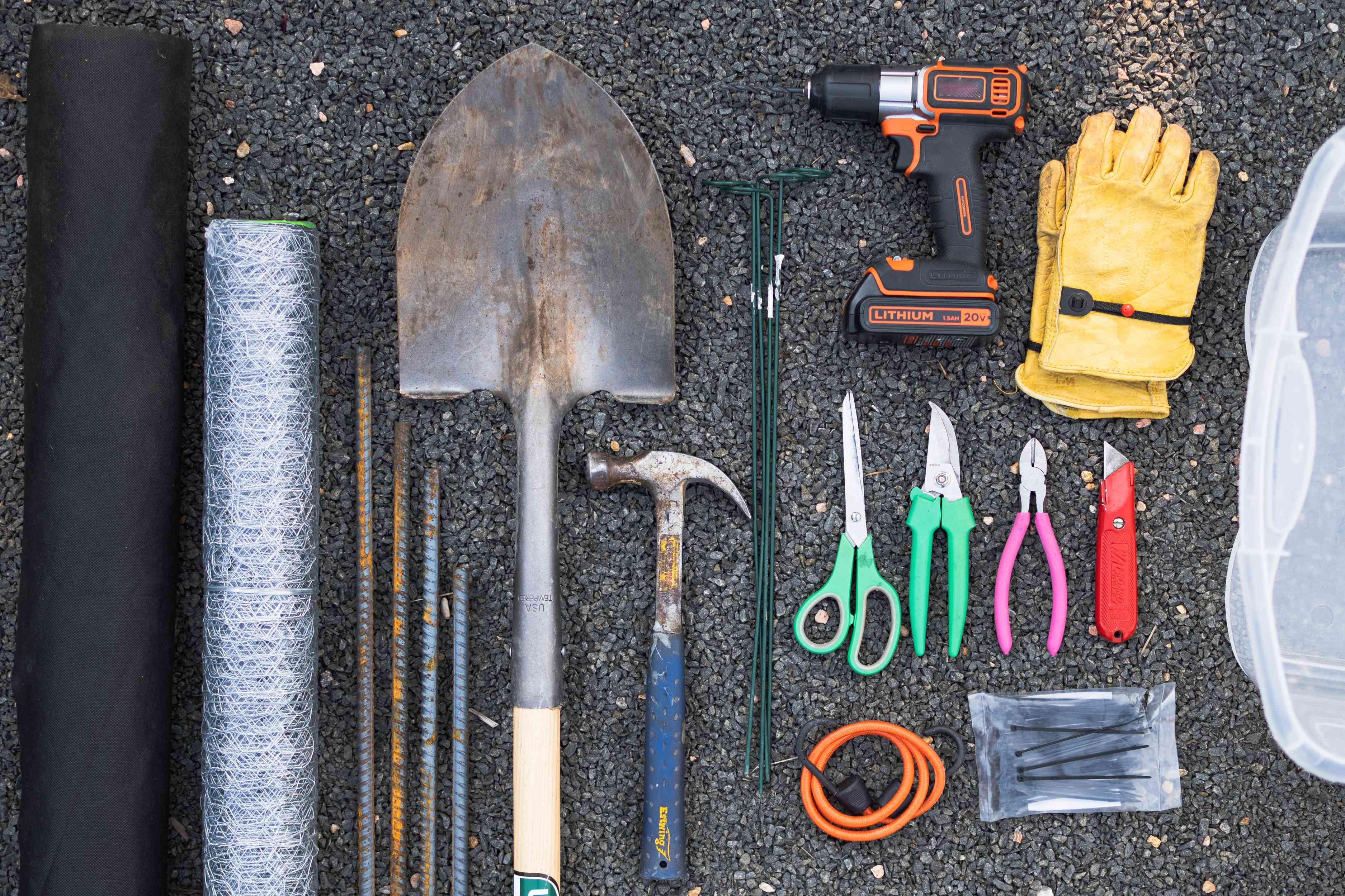 Materials and tools to make a composter